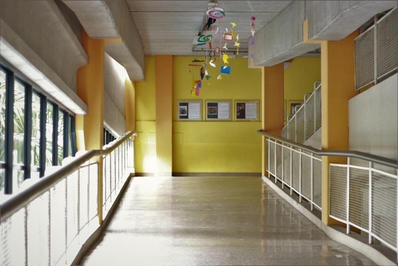 corredor-escola